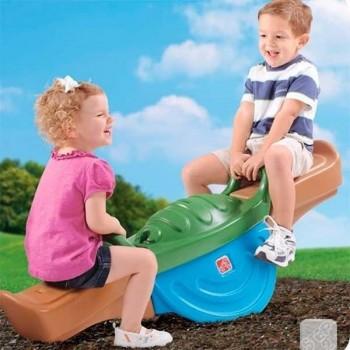 Balancín de dos agarres, peso máximo 54,4 kg para dos niños