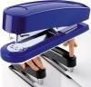 Grapadora Novus B7 automática color azul