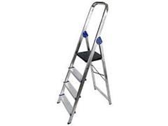 Escalera en aluminio 4 peldaños