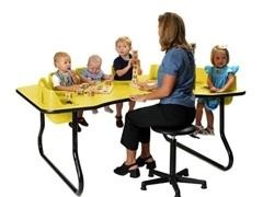 Mesa fital 8 niños