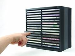 Torre automática  para 30 CD+18 en parte superior con caja 25,6x26x16,4cm negro